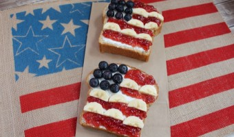 Patriotic Independence Day PB&J Snack