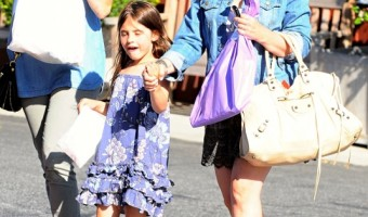 Sarah Michelle Gellar & Charlotte Catch Lunch