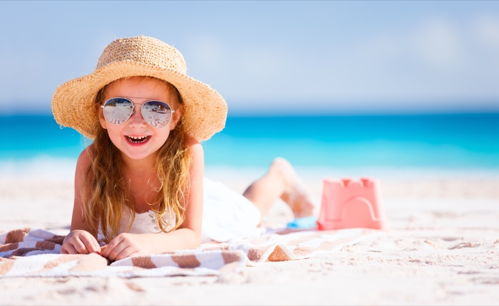 10 Fun & Educational Games to Do in The Sand This Summer