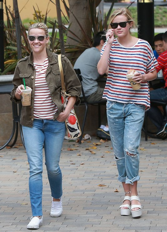 Reese Witherspoon Takes Her Kids Out For Ice Cream