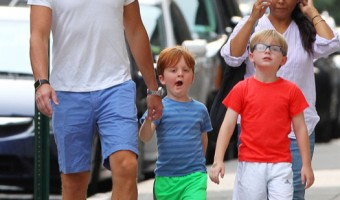 Will Arnett Catches Sushi With his Sons