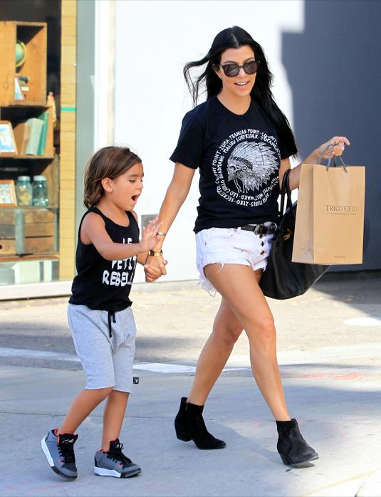 Kourtney Kardashian Shows Off Her Legs On A Shopping Trip