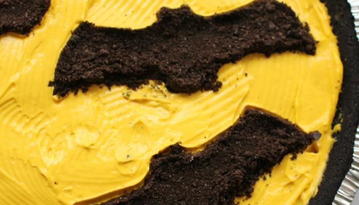 Oreo Bat Cheese Cake For Halloween