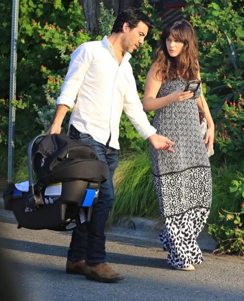 Zooey Deschanel And Husband Jacob Pechenik Finally Reveal ...