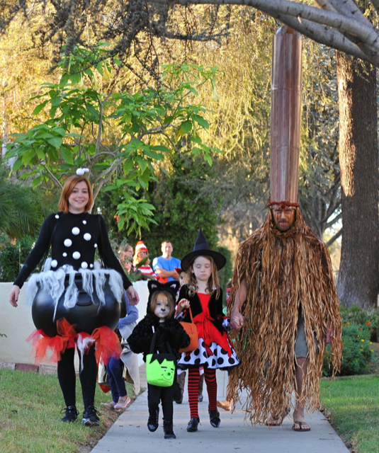 Alyson Hannigan & Family Out Trick-Or-Treating