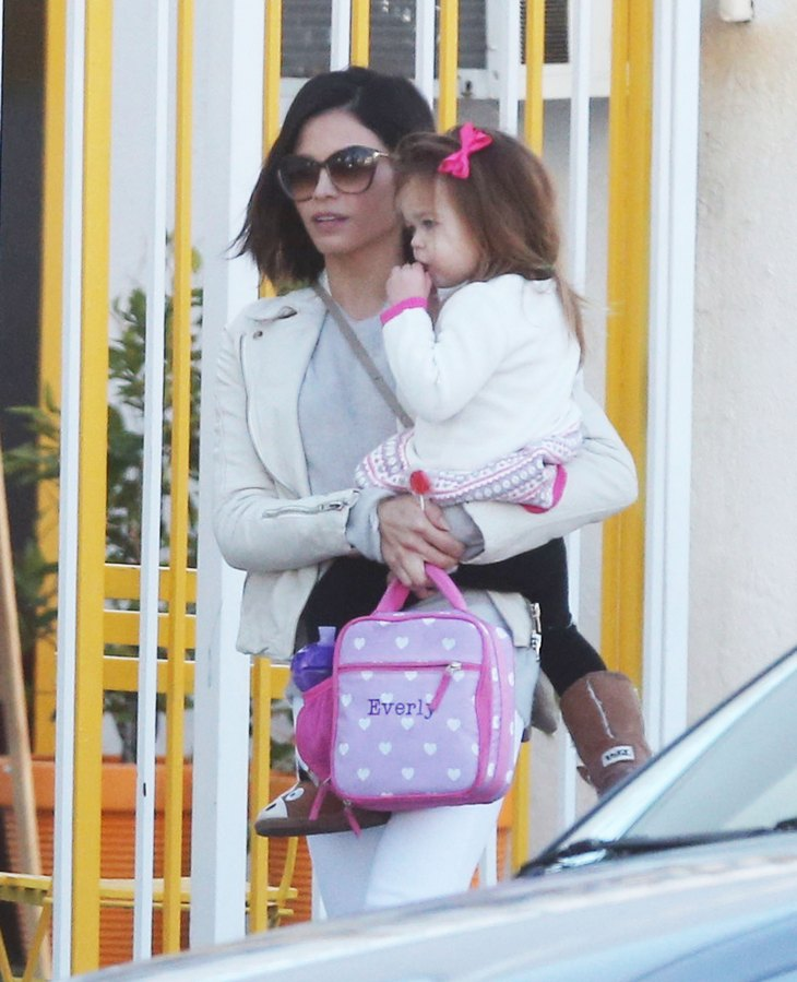 Jenna Dewan Out And About With Her Daughter