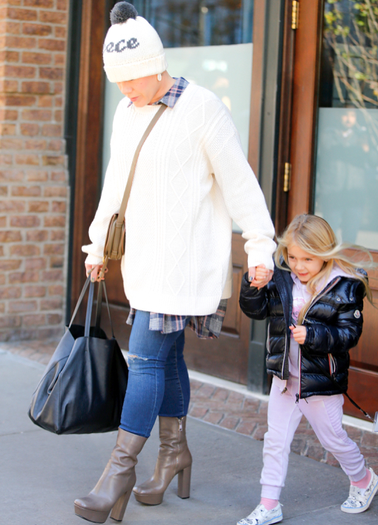 Pink with daughter Willow out in New York
