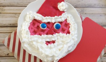 Easy-to-Make Santa Waffle For Kids