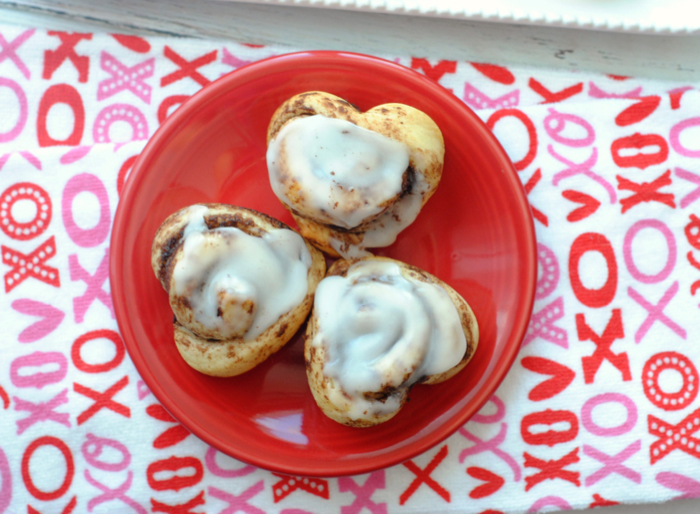 Get Ready For Valentine's Day With Heart Cinnamon Rolls