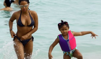 Christina Milan And Her Daughter At The Beach In Miami