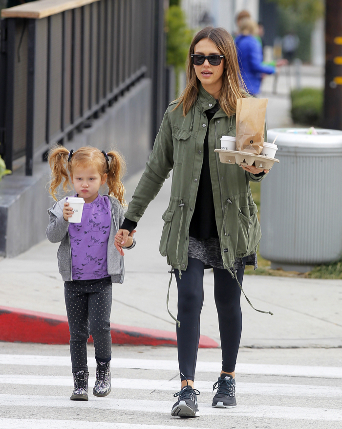 Jessica Alba Stops For Breakfast With Her Daughter