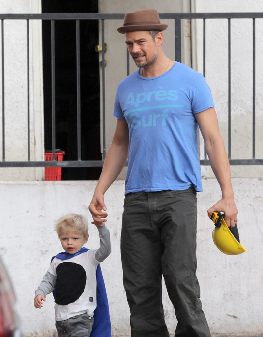 Exclusive... Josh Duhamel Enjoys Breakfast With His Son