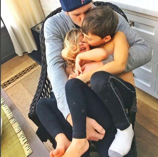 Tom Brady Embraces his Kids