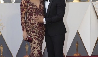 Pregnant Chrissy Teigen & John Legend at the 2016 Academy Awards