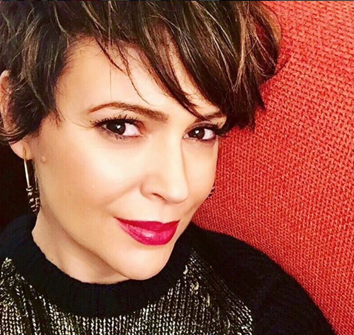"""Alyssa Milano Interview: Confident Mom Advocates Breastfeeding – Hints At Possible """"Charmed"""" Reunion"""