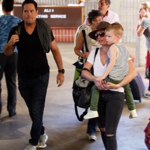 hilary-duff-maui-family8