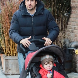 jason-biggs-family-nyc-sid1