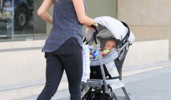 Kristin Cavallari & Saylor Go Window Shopping