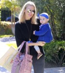 Molly-Sims-Daughter-FriendsHouse1
