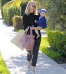 Molly-Sims-Daughter-FriendsHouse5