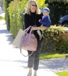 Molly-Sims-Daughter-FriendsHouse8