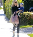 Molly-Sims-Daughter-FriendsHouse9