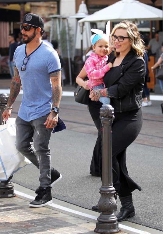 a j mclean enjoys a spring day with family celeb baby