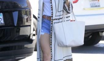 Alessandra Ambrosio & Noah Go Shopping