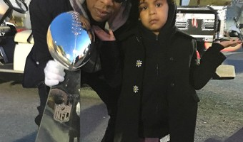 Beyonce's Family Photo Op at Super Bowl 50 –See Blue Ivy Growing Up!