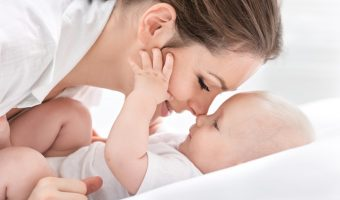 10 Ways to Help a Mom who's Just Had a Baby