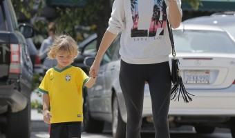 Exclusive... Alessandra Ambrosio Stops By Pinkberry In Brentwood