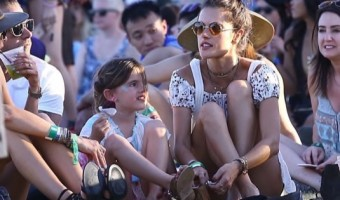 Alessandra Ambrosio Soaks Up the Sun at Coachella With Daughter
