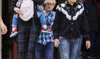 Gwen Stefani: Family Sunday Service