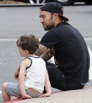 52075641 'Fall Out Boy' member Pete Wentz was spotted at the farmers market in Los Angeles, California on May 29, 2016.  Pete met fans while he was out with his family and made sure to stop and talk with them. FameFlynet, Inc - Beverly Hills, CA, USA - +1 (310) 505-9876
