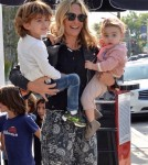 mollysims-kids-out1