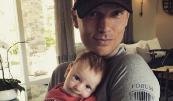 Backstreet Boy Nick Carter Dresses Baby Odin In A Tampa Bay Buccaneers Onesie