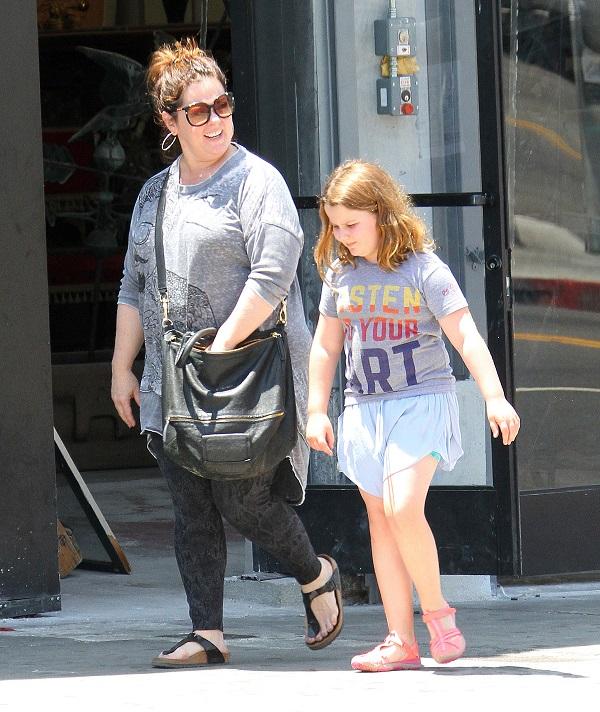 Melissa McCarthy And Daughter Vivian Go Shopping