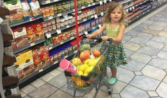 Busy Philipps And Daughter Cricket Do A Little Grocery Shopping