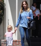 emily-blunt-daughter-out12