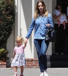 emily-blunt-daughter-out13