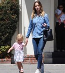 emily-blunt-daughter-out16