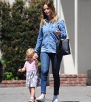 emily-blunt-daughter-out22