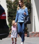 emily-blunt-daughter-out23