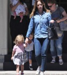 emily-blunt-daughter-out3