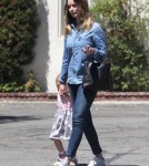 emily-blunt-daughter-out7
