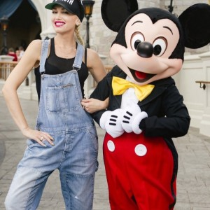 gwenstefani-disney4