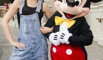 Gwen Stefani Visits Walt Disney World with Family