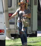 hilary-duff-parkday-luca1