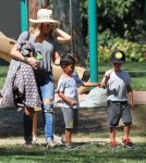 hilary-duff-parkday-luca3