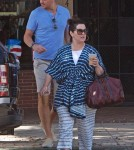 melissamccarthy-fam-out8